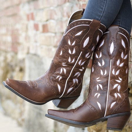 Wearing Cowboy Boots With Heel